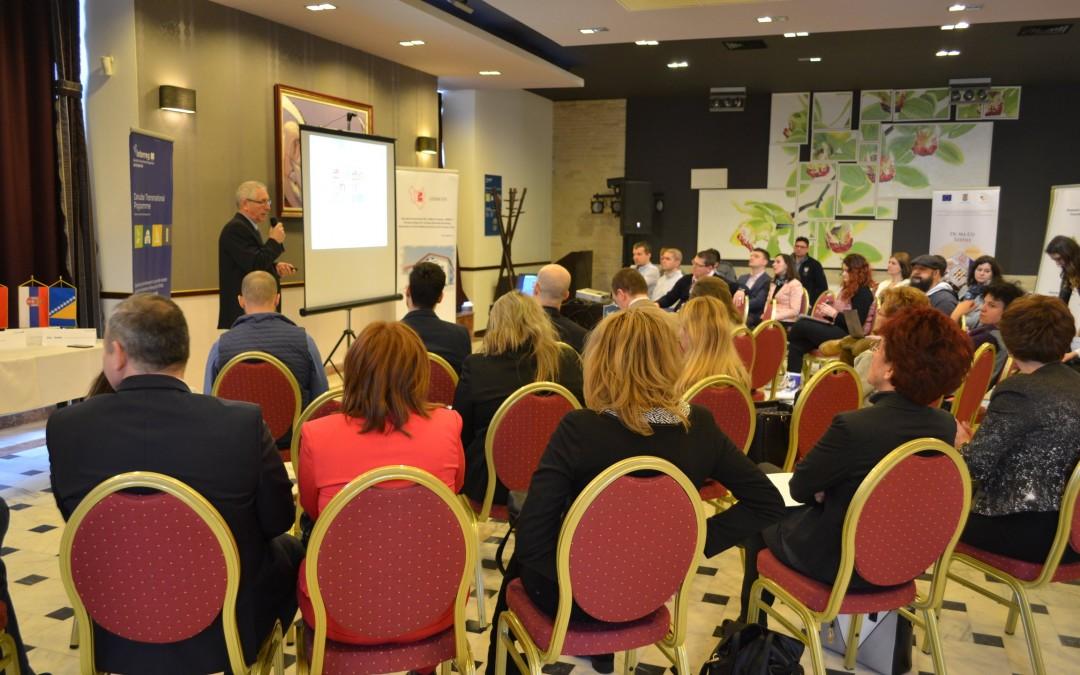 """Programul """"Accelerator"""", la start; tinerii cu idei, invitaţi să-şi prezinte proiectele"""